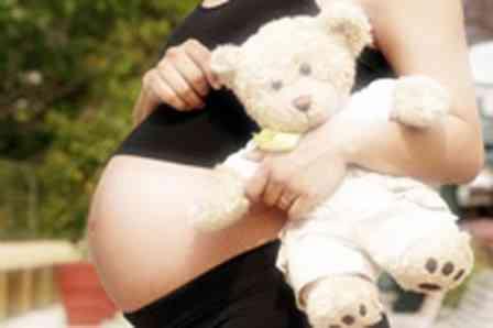 Na delegacia, menina de 12 anos confirma que engravidou do avô