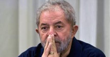 STF julga hoje pedido da defesa para evitar prisão de Lula
