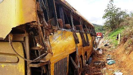 Ônibus que saiu de Itabuna tomba em Minas gerais e deixa sete mortos