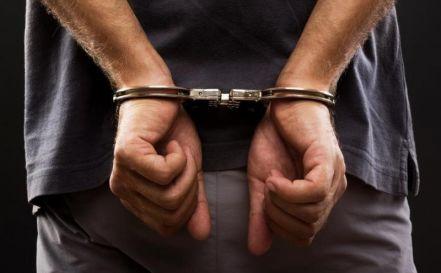 Una: Homem com mandado de prisão em aberto é preso em Porto Seguro