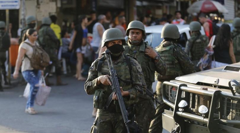 Intervenção Federal no Rio: Câmara aprova, texto segue para o Senado