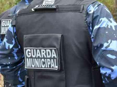 Ilhéus: Guarda Municipal detêm meliante na orla do Pontal