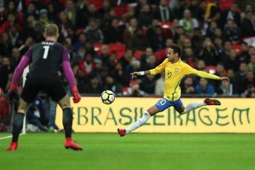 Una: Prefeitura decreta ponto facultativo nos dias de jogos do Brasil na Copa