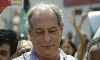 O candidato a Presidência Ciro Gomes passa mal e dá entrada no Hospital Sírio-Libanês