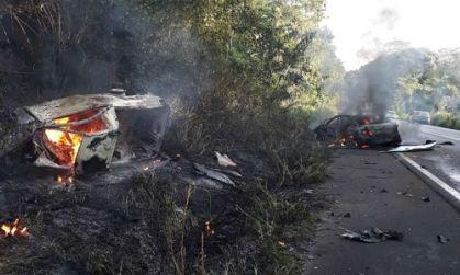 Tragédia no Sul da Bahia: Duas pessoas morreram carbonizadas em acidente automobilístico