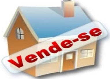 Una: Vende-se uma casa no bairro Santa Rita; veja fotos!