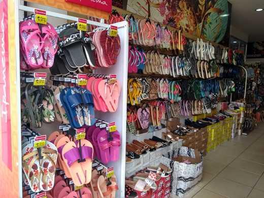 Una: Neste sábado (16), será inaugurada a loja Julian calçados promoções