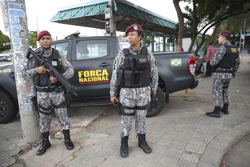 Ceará: Governador convocará militares da reserva para reforçar segurança