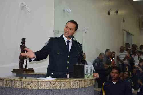 Canal Azul Marinho: Vídeo-Sua Guarda Municipal já se adequou à lei 13022 /2014?