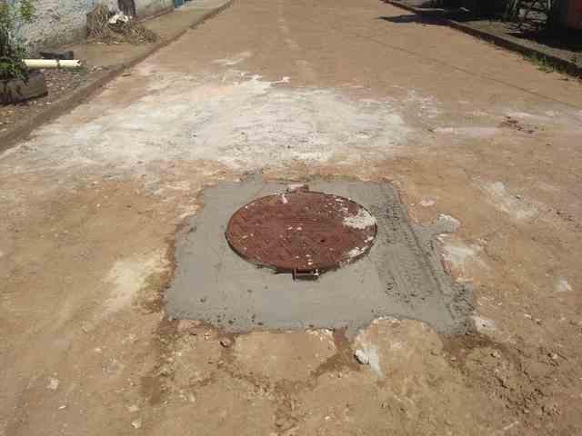 Una: Embasa realiza serviço de esgoto reivindicado por moradores da Urbis