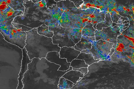 Marinha alerta para formação de ciclone tropical no Sul da Bahia, neste sábado (23)