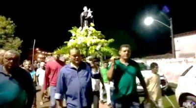 Canavieiras: Vídeo-Edmar Luz participa da celebração de Santo Antônio na Atalaia