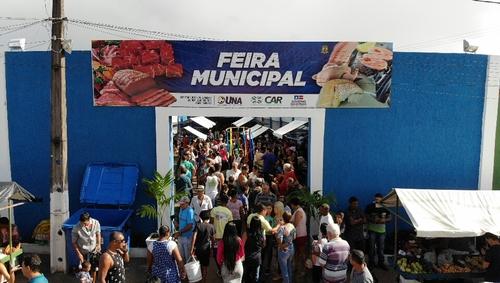 Una: Prefeito Tiago entrega nova Feira Municipal e a Pavimentação de acesso a Comandatuba