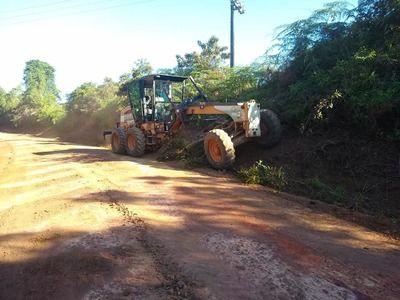 Una: Prefeitura investe na recuperação de estradas na Zona Rural