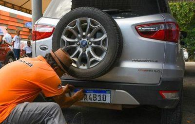 Bahia: Detran alerta para novas regras da placa Mercosul, que passam a valer em 28 de agosto