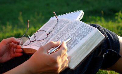 Devocional: Vídeo-Jesus Cristo, o fundamento da Igreja