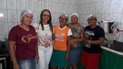 Una: Visita da Secretária Soelma na Escola Liberalino em Vila Brasil