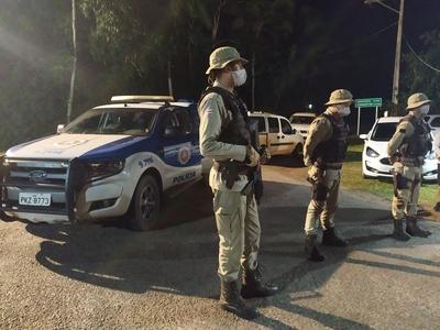 Una: Polícia Militar 71ªCIPM  em apoio as barreiras de prevenção ao Covid-19