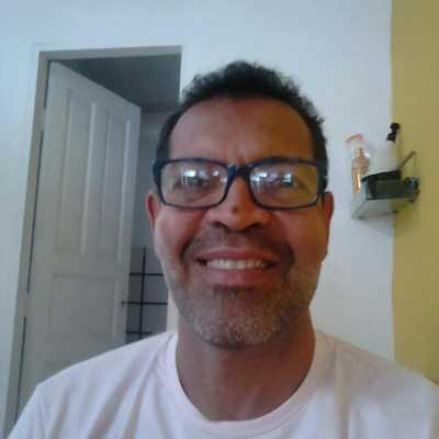 Una: Cabeleireiro Ney Leão precisa de doação de sangue