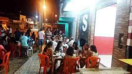"""Una: Comerciante do """"Café Martins"""" se revolta com decreto do governador da Bahia"""